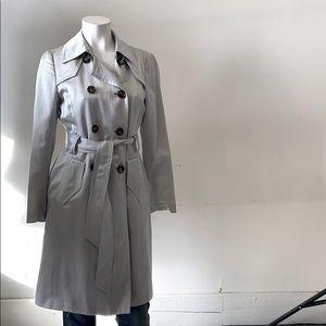 Gorgeous Banana Republic trench coat-small